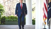 Trump Extends Social Distancing Guidelines Till April End