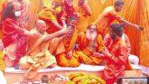 अयोध्या में कारसेवा के दौरान शहीद संतों को श्रद्धांजलि देते हुए उत्तराखण्ड के सन्त